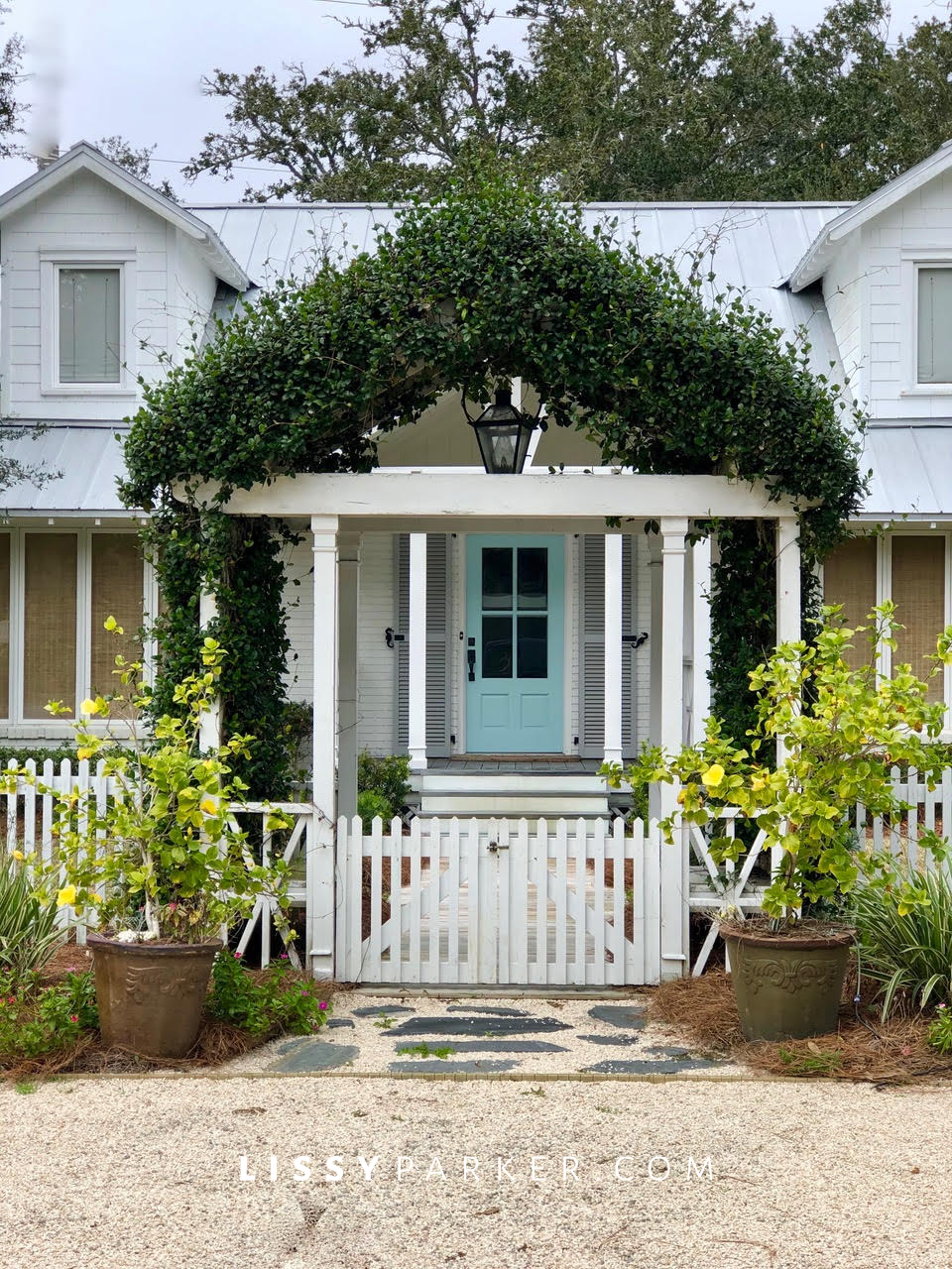 Cottage Crush No 1-St simons blue door