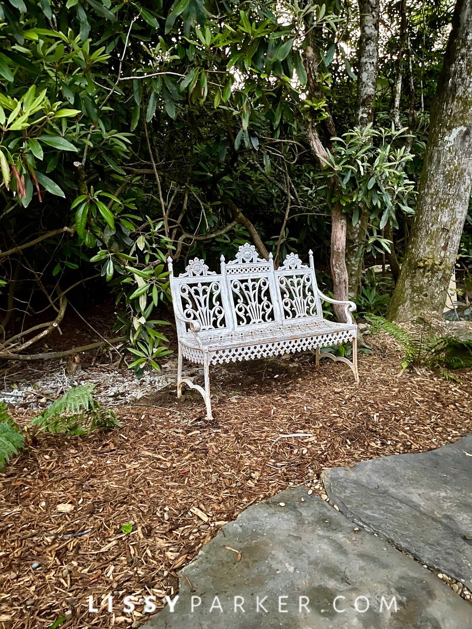 White bench in Highlands
